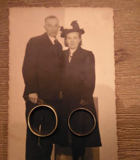 Opgegraven verloren trouwring uit 1950 terug bij Loonse familie