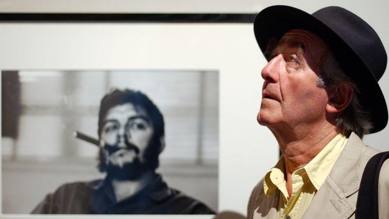 De Zwitser René Burri voor zijn bekendste foto. Foto uit 2004. Beeld AP