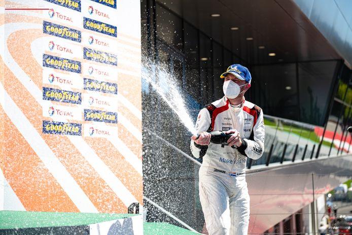 Xavier Maassen was dolgelukkig om weer te kunnen racen. De man uit Lananken reed met zijn Porsche van Team PGZ by Red Ant Racing naar het podium.