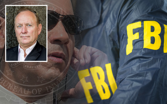 NPB-voorzitter Jan Struijs (inzet) pleit voor de invoering van een Nederlandse FBI om de georganiseerde criminaliteit te ontmantelen.