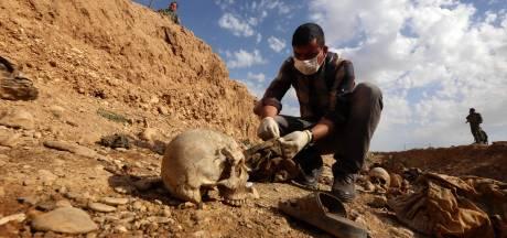 Zeven jaar na genocide op jezidi's: 'Breng Nederlandse daders voor de rechter'