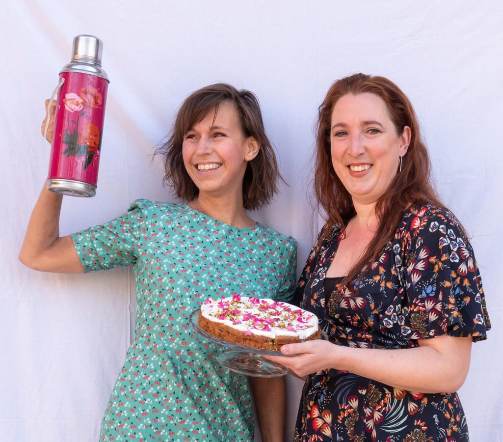 Ellen Mulder (links) en Marloes Holwerda van De Gebakfiets.