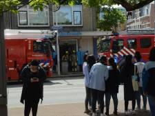 Brand in AH-filiaal in de Theresiastraat: 'Het vuur is inmiddels uit'