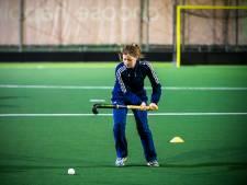 Maren is 179 dagen te oud om mee te sporten met haar teamgenoten: 'ik zie groen van jaloezie'