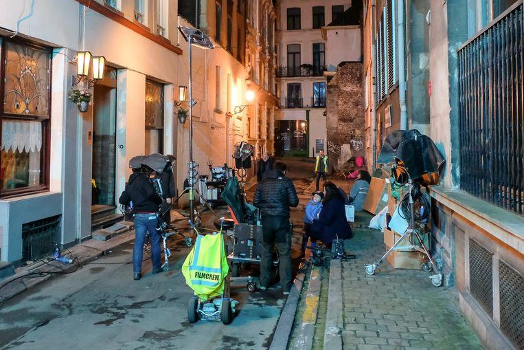 Gisteravond werd er druk gefilmd in de Duivenkotstraat voor de VTM-reeks.