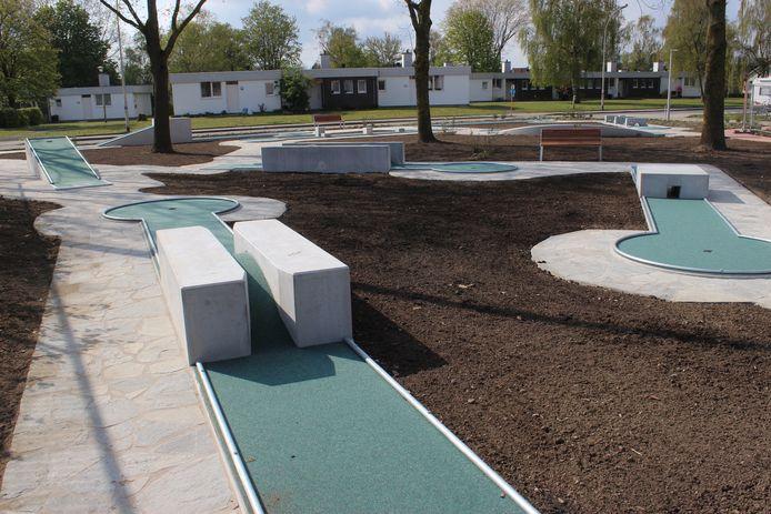 Het nieuwe terrein telt 18 holes.