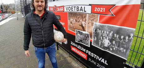 Voetbalgekke broers richtten eeuw geleden vv Holten op: 'En we hebben het nog steeds goed voor elkaar'