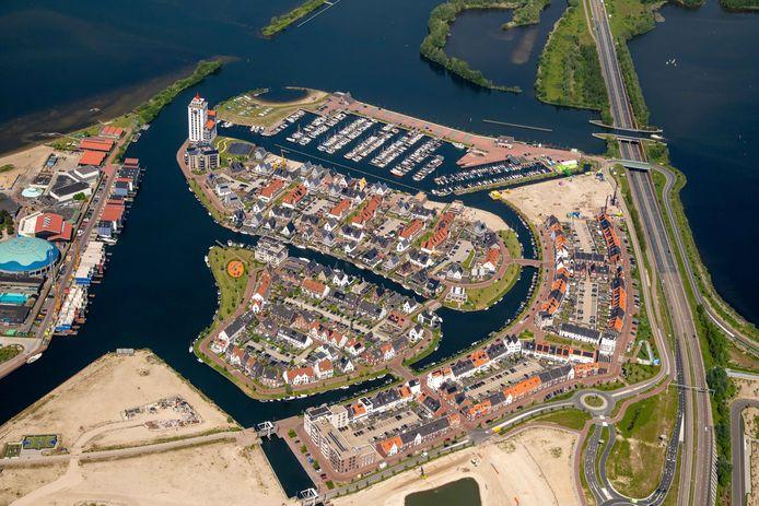 Het Waterfront in Harderwijk. Volgens wethouder Jeroen de Jong ontwikkelt Harderwijk zich steeds meer tot een echte gezinsstad, met voldoende nieuwe aanwas.