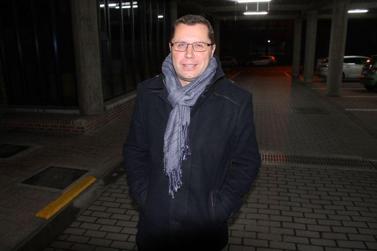 Burgemeester Steven Van Linthout