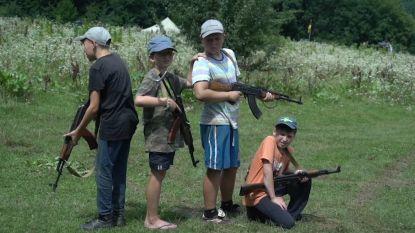 VIDEO. In dit zomerkamp leren Oekraïense kinderen hoe ze Russen moeten doden