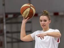 Yordi mag als eerste de Basketball League in: 'Raar als voetbal doorgaat en wij niet'