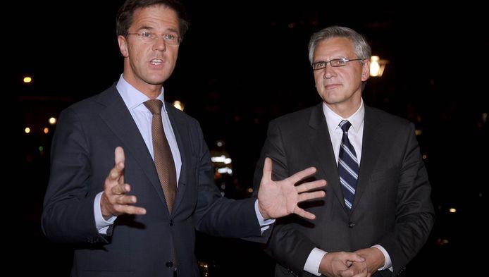 Peeters wijst Rutte (links) erop dat Vlaanderen het afgesloten verdrag wel respecteert.