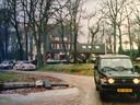 Nadat bij Hotel Hoog-Soeren is gegeten vertrekken de 'ondersteunende troepen' voor het vervolg van de jacht.