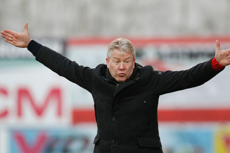 Zijn spelers kwamen in de eerste helft telkens een stapje te laat, vond Maes.