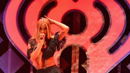 VIDEO. Offset onderbreekt optreden van Cardi B om haar terug te winnen