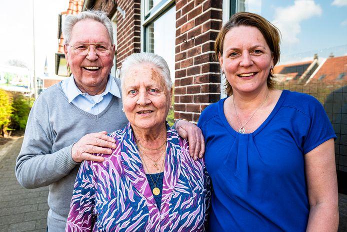 Echtpaar Gerrit en Trees Griffioen zijn door dochter Janet opgegeven voor het TV programma 'Ik neem je mee'.