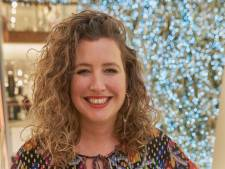 Els (39) is etaleur bij de Bijenkorf: 'Mensen vragen hoe we die grote boom door de deur krijgen'