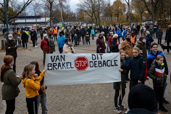 Protestmars tegen nieuwe weg Nuenen Zuid