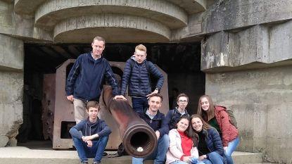 Negen leerlingen van De Bron aanwezig op herdenkingsceremonie D-Day