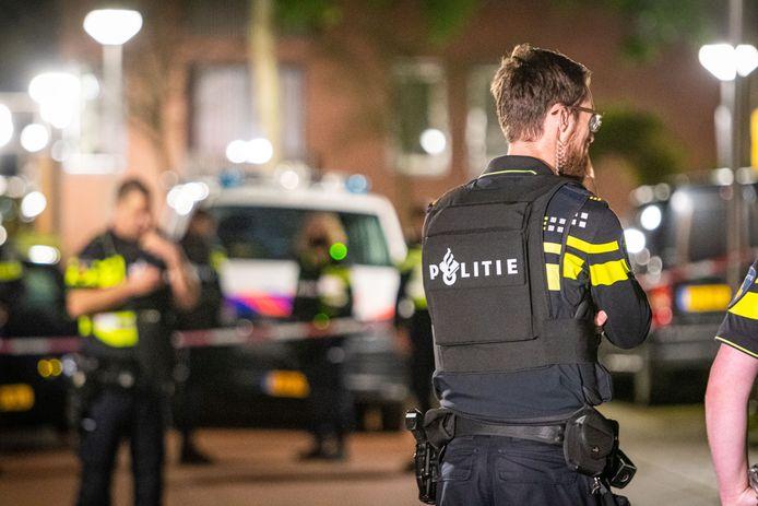 Een politieagent in een kogelwerend vest. Foto ter illustratie.