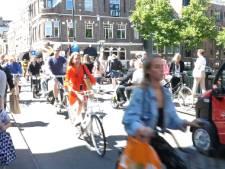 Binnenstad Groningen gaat op slot voor fietsers: 'Ik loop moeilijk, hoe moet ik dan in de stad komen?'