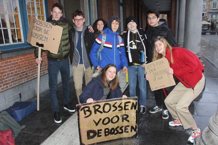 Deze jongeren spijbelden voor het klimaat.