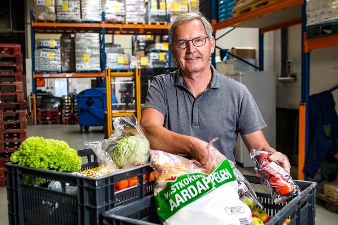 Voorzitter Jan de Kleuver van Voedselbank Deventer.