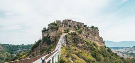 Italië telt duizenden spookdorpen: dit zijn de beste voor een roadtrip