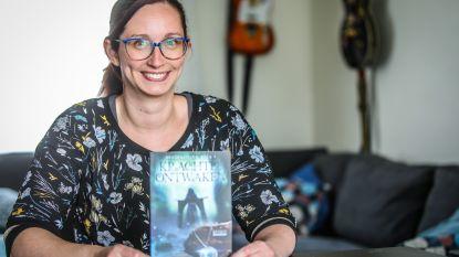 """Juf Maja stelt eerste boek voor: """"Over heksen, sterke vrouwen en tirannieke tovenaar"""""""