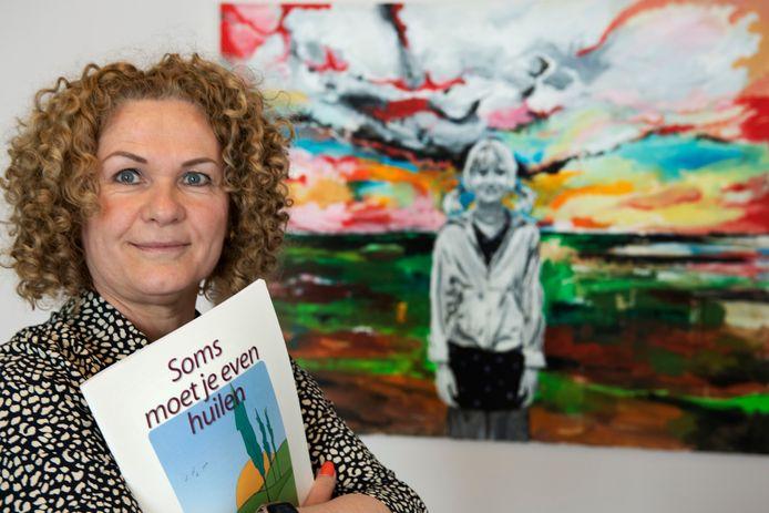 Vrijwilliger Cilla Smits werkt bij een hospice in Culemborg.