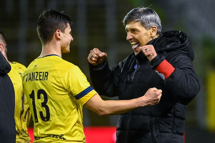 Mazzu met Vanzeir nadat Union vorige week Moeskroen uitschakelde.