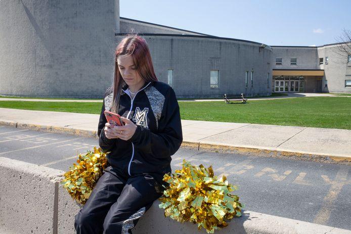 Brandi Levy voor de  Mahanoy Area High School in Mahanoy City (Pennsylvania).
