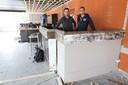 Daniel Dankaart (links) en Niels Fremouw tijdens de bouw van Relounge.