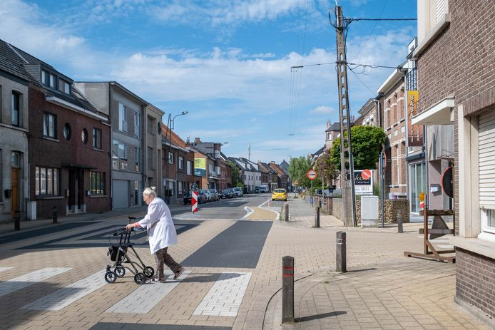 BERLAAR De Stationsstraat in Berlaar