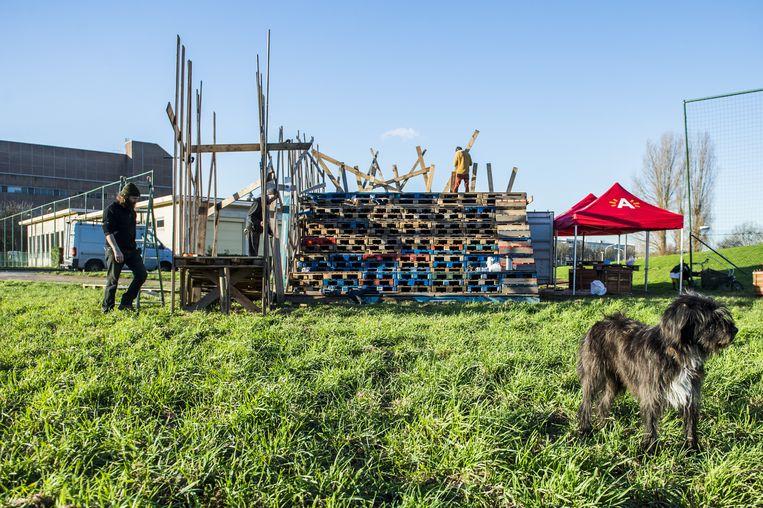 Atelier Recup werkte in 2015 samen met leerlingen van BUSO De Ark aan de houten tribune van de Tempelmarkt.