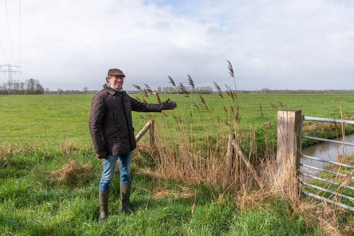Robert van Motman bij de plek waar de Soester windmolens zijn gedacht. ,,Dit uitzicht is toch uniek?''