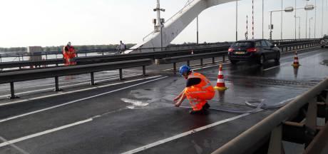 Problemen op Merwedebrug door hitte lijken onder controle