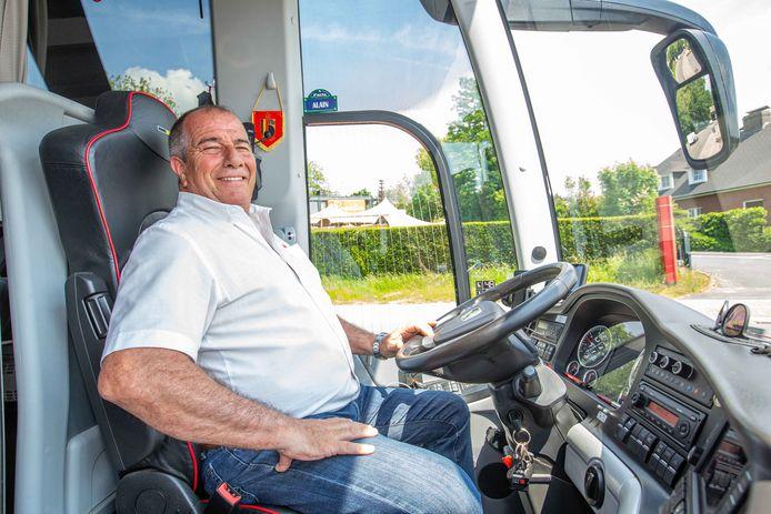 Chauffeur Alain Beeckman, al vier jaar de vaste chauffeur van onze nationale ploeg.