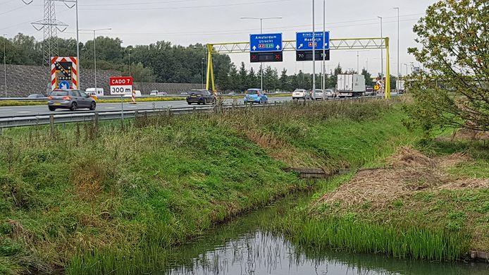 Verkeer op de A2 ter hoogte van knooppunt Empel.