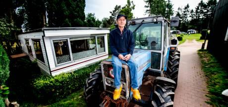 Boer Kees (67) uit Vaassen: 'Waarom mag ik stacaravan met brandschade niet vervangen?'