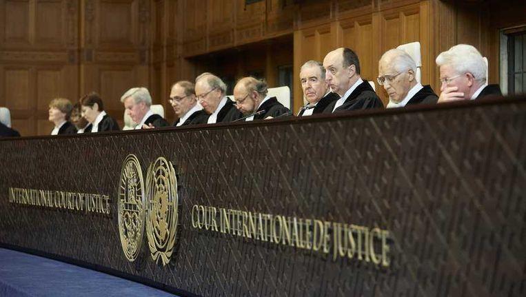 De rechters voorafgaand aan de uitspraak van het Internationaal Gerechtshof (ICJ) over de Japanse walvisjacht. Beeld anp
