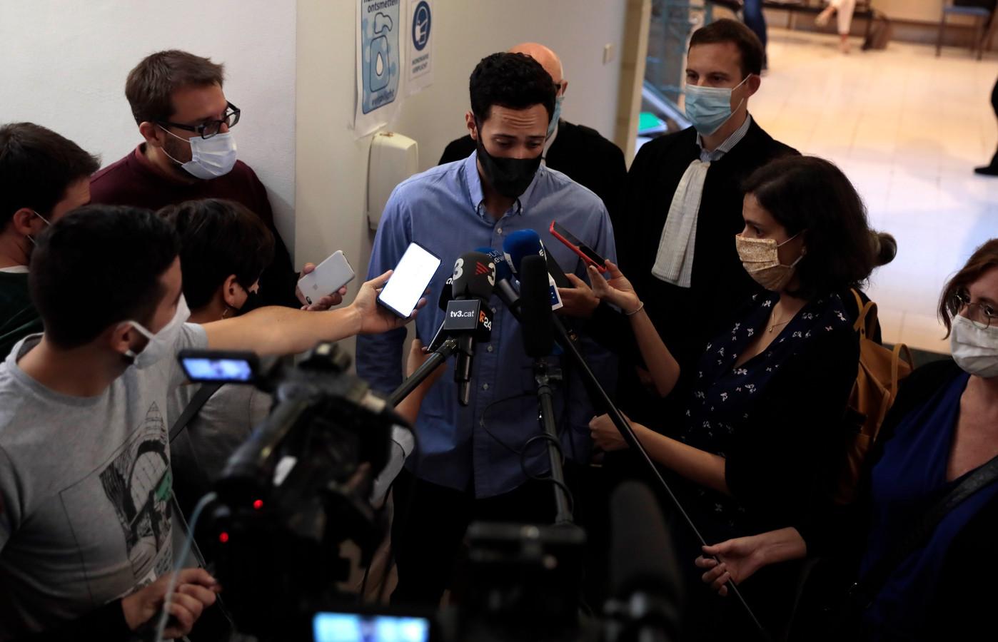 De Spaanse pers was dinsdag met een twintigtal journalisten ter plaatse. In ons land krijgt de dissident amper aandacht.