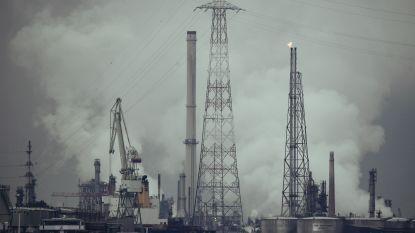 """""""Vlaamse uitstoot broeikasgassen in 10 jaar amper 0,4 procent gedaald"""""""