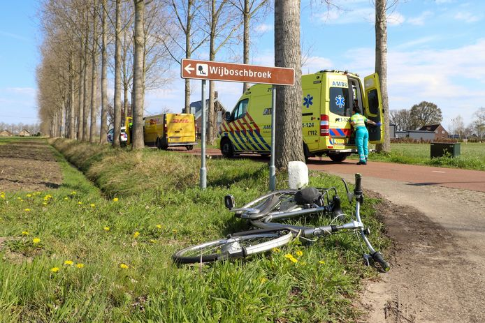 De fietser raakte bij het ongeval gewond