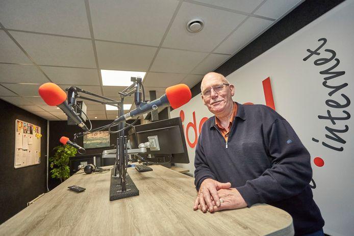 Lammert Blikman van Radio Ideaal is opgelucht dat de Lochemse gemeenteraad instemt met de zendvergunning voor de lokale omroep.