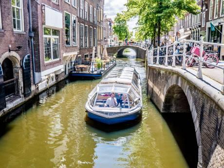 Dieselschepen geweerd uit Delftse binnenstad