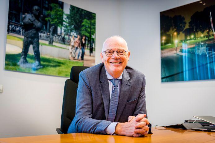 Jan van Belzen stopt na 16 jaar als burgemeester van Barendrecht. Hij gaat op 1 oktober met pensioen. 'Ik ben Barendrechter geworden.'