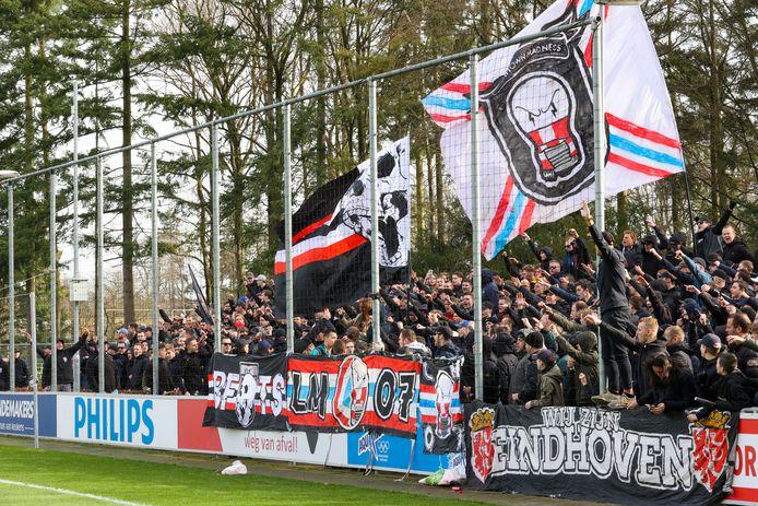 De laatste sfeeractie van PSV-supporters voor een wedstrijd, eind februari dit jaar voor het thuisduel met Feyenoord.