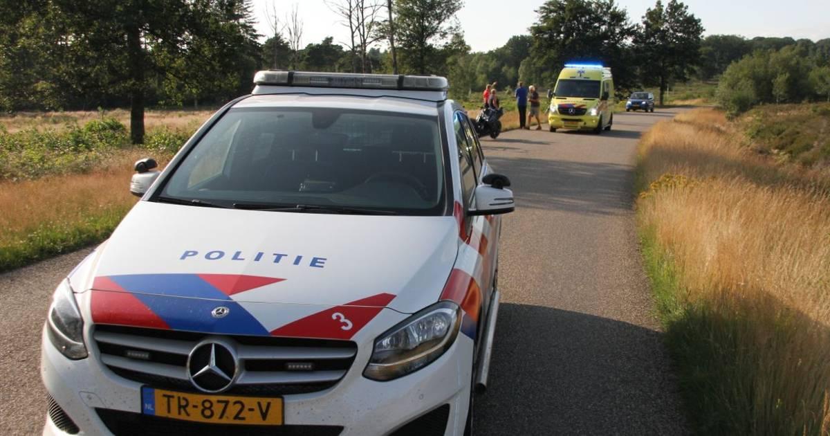 Motorrijder gewond door botsing met auto in Holten.