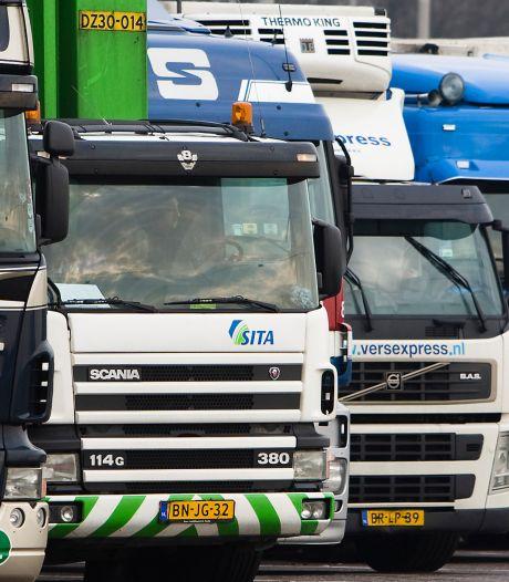 Pleidooi voor truckstop: 'Dordrecht laat chauffeurs aan hun lot over'